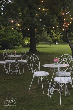 casamiento, boda, shabby chic, vintage, ambientación, luces kermesse, sillas y mesitas de hierro  marriage, wedding, decor