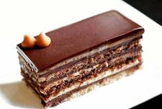 Τούρτα opera με τρεις κρέμες.   Sokolatomania.gr Greek Sweets, Greek Desserts, Party Desserts, Greek Recipes, Sweets Cake, Cupcake Cakes, How To Make Cake, Food To Make, Cake Recipes