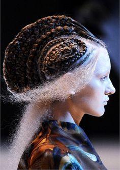 {Hair: Guido Palau}
