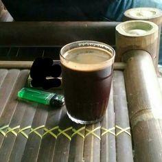 Dingin, pagi atau sore menikmati segelas kopi Fine Robusta dapat mengimboost mood kita
