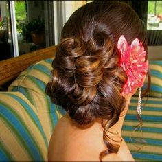 Gorgeous flower updo