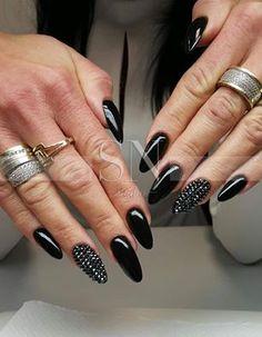 Mr.Black Gel Polish by Monika Kaczmarek Indigo Young Team #nails #nail #indigo #black #gelpolish #paznokcie #hybrydowe #sexy