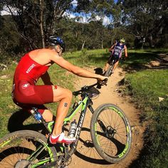 Competing with @btrakita since 2003 in many races and places. Thank you for the friendship ever since.  #tbt #throwbackthursday #crosstriathlon #triathlon #mtb #bike #again #cannondale #swisstriathlon #worldchampionship #australia #crackenback #temposport