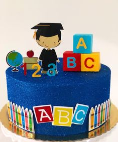 1st Birthday Cakes, Birthday Cake Girls, Strawberry Roll Cake, Teacher Cakes, Abc Party, Grandparents Day Crafts, School Cake, Graduation Decorations, Graduation Cake