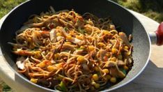 Chow Mein, Japchae, Chili, Pasta, Lunch, Cooking, Ethnic Recipes, Food, Middle