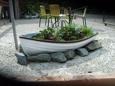 I love the idea of using old boats for planters! Backyard Beach, Backyard Landscaping, Backyard Garden, Nautical Landscaping, Outdoor Gardens, Seaside Garden, Planters, Backyard, Beach Gardens