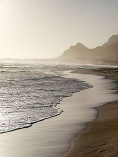 The energetics of the ocean can help you find the deep stillness within Around The World In 80 Days, Travel Around The World, Around The Worlds, Out Of Africa, Africa Travel, Places To See, Surfing, Beautiful Places, Scenery
