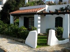 fachadas bonitas 3 10 from 22 votes fachadas bonitas 5 10 from 64 . Spanish Bungalow, Spanish Style Homes, Spanish House, Spanish Colonial, Hacienda Style Homes, Flat Roof, Home Buying, Exterior Design, Facade