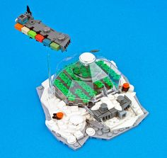 Freighter over Ice Planet Biodome by eldeeem, via Flickr #LEGO