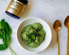 This chlorella ice cream so is jam-packed with superfoods, we're considering whipping it up for breakfast. Or lunch. Or dinner. COCONUT CHLORELLA MINT ICE CREAM