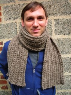 Ravelry: Montana Scarf pattern by Craig Rosenfeld Loom Knitting Scarf, Hand Knit Scarf, Knitting Patterns Free, Free Knitting, Scarf Patterns, Free Pattern, Beginner Knitting, Knitting Ideas, Knitting Projects