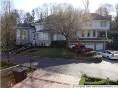 Luxury home market on Staten Island begins in Todt Hill...Some amazing homes.