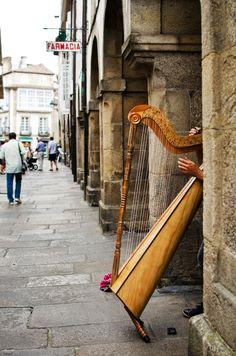 Arpa en Compostela -