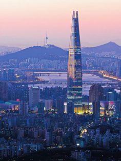 Lotte World Tower in Seoul, Korea South Korea Seoul, South Korea Travel, The Places Youll Go, Cool Places To Visit, Places To Go, Seoul Skyline, South Korea Photography, Lotte World, City Aesthetic