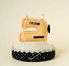 Sewing Machine Pincushion. Cute!