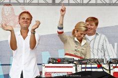 USA/New York/20090912 - Vriendschappelijk bezoek Willem - Alexander en Maxima ivm 400 jarig bestaan van New York, bezoek aan Governers island waar een Nederlandse dag georganiseerd word, DJ Armin van Buuren met Willem - Alexander en Maxima dansend