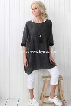 HAPPY Tunic, ALMOST BLACK