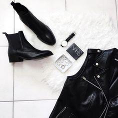 Leather goods ... ✔️ @tonybianco @missguided