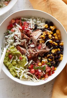 Carnitas Burrito Bowl - What's Gaby Cooking - Recetas Mexicanas Postres Entree Recipes, Pork Recipes, Mexican Food Recipes, Dinner Recipes, Cooking Recipes, Healthy Recipes, Whats Gaby Cooking, Easy Meal Prep, Meal Planning