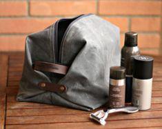 Waxed canvas Toiletry bag - mens toiletry bag - Valentine s day - Waxed  Canvas bag - groomsman gift - waxed canvas dopp kit - man s bag by ... 80fdd463fb