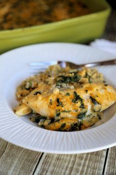 Cheesy Spinach Chicken & Rice Casserole Cooking Recipes, Healthy Recipes, Healthy Treats, Healthy Foods, Yummy Recipes, Side Dish Recipes, Dinner Recipes, Campbell Soup Company, Spinach Bake