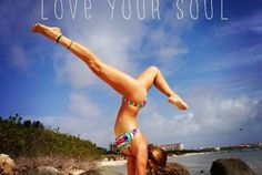 New Yoga Girl Rachel Brathen Watches Ideas Body Love, Loving Your Body, Zumba, Yoga Inspiration, Fitness Inspiration, Yoga Girl Rachel, Rachel Brathen, Surf, Bikram Yoga