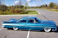 1959 Chevrolet Impala - List of the most beautiful classic cars Classic Hot Rod, Classic Cars, Unique Cars, Us Cars, Chevrolet Impala, Buick, Custom Cars, Kustom, Vintage Cars