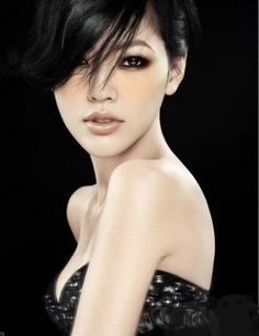 Pretty Chinese girl#Repin By:Pinterest for iPad#