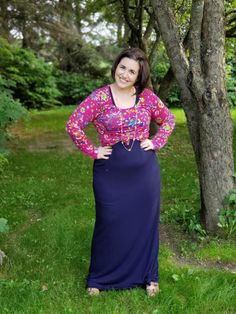 LuLaRoe Dani Dress underneath a Lynnae top! I love this layered look! #lularoe #llr #danidress #lynnae #fallfashion