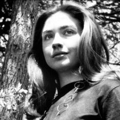 Hillary Clinton, Former first lady & Secretary of State Hillary Clinton Young, Hillary For President, Bill And Hillary Clinton, Hillary Rodham Clinton, Chelsea Clinton, Famous Women, Famous People, Annoying Songs, Essential Oils For Skin