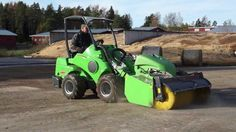 New video on Avant loader working on Agriculture and farms. Lawn Mower, Atv, Agriculture, Tractors, Outdoor Power Equipment, Transportation, Trucks, Landscape, Building