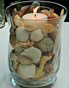 Crafts with shells - 42 inspiring ideas for creative Basteln mit Muscheln- 42 inspirierende Ideen für kreative Köpfe tinker with shells lanterns tinker candle - Seashell Art, Seashell Crafts, Beach Crafts, Home Crafts, Diy And Crafts, Crafts With Seashells, Seashell Decorations, Beach Theme Centerpieces, Seashell Bathroom