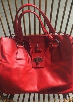 À vendre sur #vintedfrance ! http://www.vinted.fr/sacs-femmes/sac-a-main/23001594-sac-cuir-rouge-tosca-blu