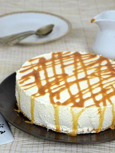 Tarta de queso y leche condensada ¡Sin horno! No Egg Desserts, Easy Desserts, Delicious Desserts, Dessert Recipes, Cheesecake Pie, Cheesecake Recipes, Food Cakes, Cupcake Cakes, Mexican Food Recipes
