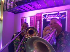 New Orleans inspired  brass band that  performs in Orlando and beyond. Funky, brass driven Zydeco corporate entertainment from 3-10 pieces. Insured.