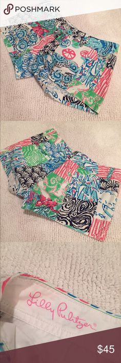 MUST GOLILY PULITZER patterned Walsh shorts Patterned Walsh short! Great condition Lilly Pulitzer Shorts
