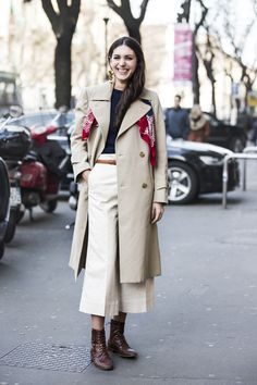 Navy + Khaki + White + Brown + Red Details: red kerchief (squre scarf) From: Diletta Bonaiuti