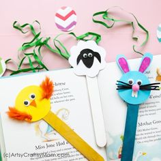 This Easter, have some fun making some Popsicle Stick Easter Crafts - Bunny, Chick and Sheep. Use them as bookmarks or decor or gift them to your friends! crafts popsicle sticks Popsicle Stick Easter Crafts - Bunny, Chick and Sheep Easter Craft Activities, Easter Arts And Crafts, Easter Crafts For Toddlers, Spring Crafts For Kids, Toddler Crafts, Kids Crafts, Popsicle Stick Crafts, Craft Stick Crafts, Easy Crafts