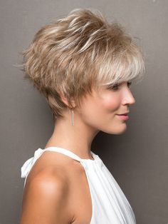 "How to style the Pixie cut? Despite what we think of short cuts , it is possible to play with his hair and to style his Pixie cut as he pleases. For a hairstyle with a ""so chic"" and pointed… Continue Reading →"
