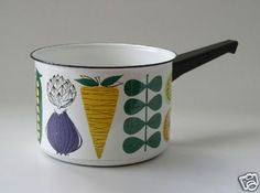 arabia finland Vintage Enamelware, Vintage Kitchenware, Vintage Storage, Retro Home, Vintage Pottery, Scandinavian Design, Finland, Dinnerware, Objects