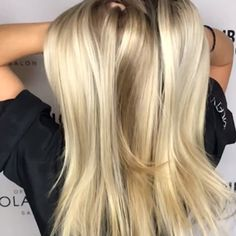 Long Haircut with Side Bangs - 40 Long Hairstyles and Haircuts for Fine Hair with an Illusion of Thicker Locks - The Trending Hairstyle Silver Blonde Hair, Blonde Hair Looks, Blonde Hair With Highlights, Blonde Wig, Ash Blonde, Butter Blonde Hair, Yellow Blonde Hair, Yellow Hair Color, Ponytail Wig