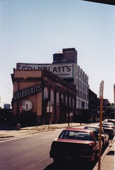Goldblatt's Uptown Chicago - Broadway & Lawrence by Mark 2400, via Flickr