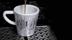Tome o seu café numa chávena da Delta Q Business. E ainda oferecemos 4 cápsulas de café Delta!