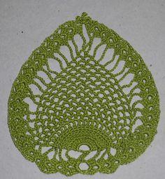 Toalha de mesa abacaxi. Linha Cléa. Pineapple centerpierce. Piña mantel.