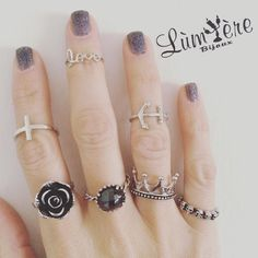 #adorable #ring   #lumierebijouxstyle #argento925 #amor #artist #amazing #cross #flower #black #crown #ancora #skull #teschio #nails #me #glamour #chic #handmadejewelry #handmadewithlove #MadeinItaly #love #goodnight #laragazzaconlavaligia #dream #followme #vicenza #vintage #valentineday by lumiere_bijoux