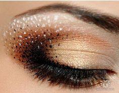 Smoky eye - Eyeshadow #brown #gold #Eyeshadow #eye #makeup #smoky #dramatic #eyes