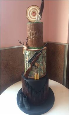 Hunter's Cake done by @thecakemamas