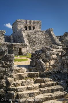 Ruins of the Mayan temple grounds at Tulum, Yucatan, Mexico. © Brian Jannsen Photography