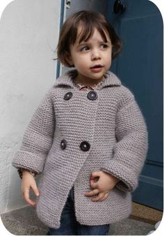 Gilet au point mousse pattern by Faustine Knitting For Kids, Crochet For Kids, Baby Knitting, Crochet Baby, Knit Crochet, Sewing Kids Clothes, Knitted Baby Clothes, Sewing For Kids, Little Girl Fashion