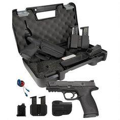 "S&W M&P 40 Semi Automatic Handgun Carry and Range Kit .40 S&W 4.25"" Barrel 15 Rounds Polymer Frame Black Finish - 209330 - 022188145120"